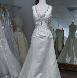 Ivory Jasmine Bridals Wedding Gown